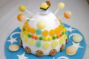 Celebrate Challenger Space Center Arizona's birthday 1:30 to 4:30 p.m. July 20, as it will turn 12 years old, a date which coincides with the first footprints on the Moon, July 20, 1969. A special space-themed cake-decorating contest is open to any amateur or professional confectionist. The winning cake receives an actual piece of the moon.