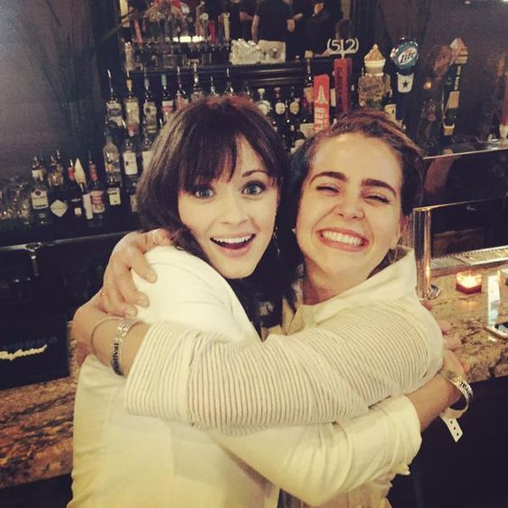 """The internet broke on Monday after former Parenthood star Mae Whitman posted a photo of her erstwhile television mom Lauren Graham, and Graham's other former fake daughter, Gilmore Girls star Alexis Bledel. """"Draw your swords,"""" Whitman wrote as a hashtag."""