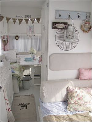 Love the interior of this vintage trailer: