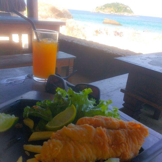 Não é a água com açúcar que me acalma! É a água com Sal... Com um peixim e um Suco Natural !  #PeixeFrito #Naracujá #Paz #Amor #Tranqusucoilidade #Abraço #Favor #PorFavor #Obrigado #Voar #Viajar #Trilhar #Aventura #Grumari #GodBlass  #Visu #Trilheiros #Aventureiros #VemComigo #Beach #Summer #BeautifulDay  #Equilibrio #RJ #ErreJota #Tour #Carioca by ezeckieltorres