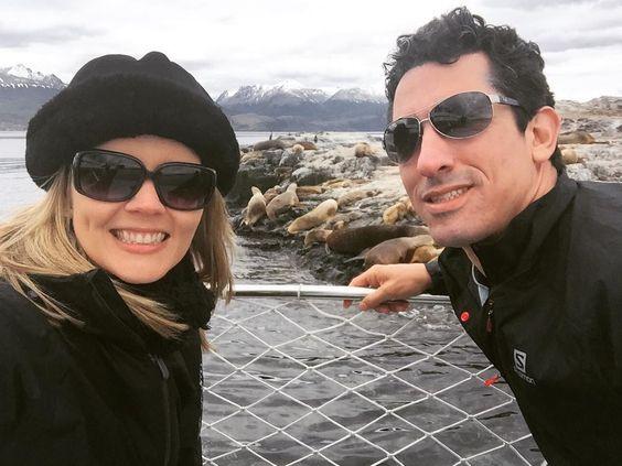On instagram by saudesemescala #landscape #contratahotel (o) http://ift.tt/1PlyYfs Leões marinhos.  . #saudesemescala #healthylifestyle #health #vidasaudavel #saude #fit #fitness #viagem #trip #travel #viajantes #world #canalbeagle #profissaoaventura #aventura #adventure #radical #ushuaia #findelmondo #adrenalina #wanderlust #terradofogo  #view