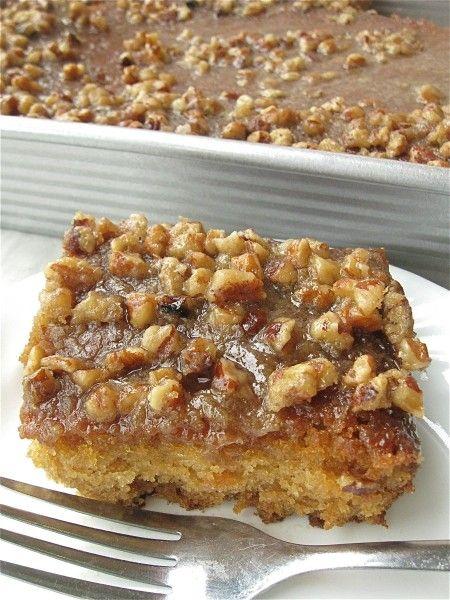 Buttermilk Cake with Gooey Pecan Streusel