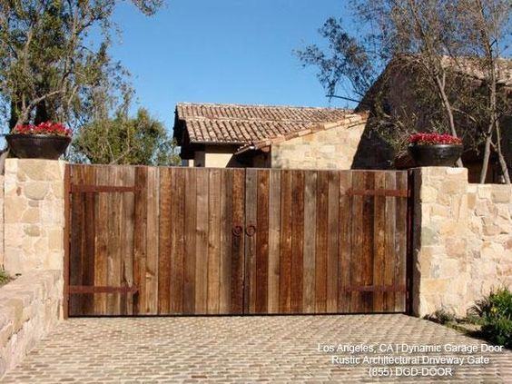 Tuscan Style Driveway Gate In Rustic Reclaimed Barn Wood