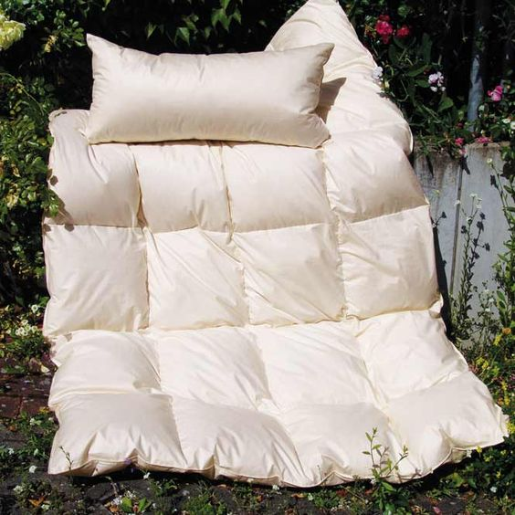 Warme Kassettendecke; Bio Daunen-Bettdecke für den Winter