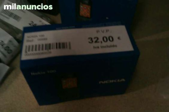 Se vende telefono nokia 100  producto nuevo  para enviar whatsaap 687458531