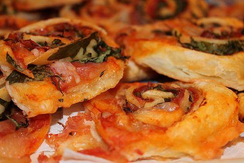 Rotoli di pizza