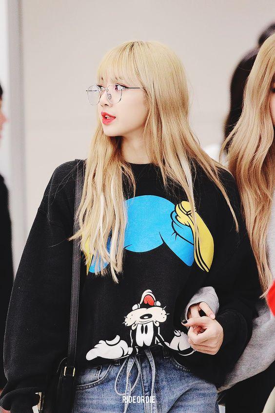 Blackpink - Lisa.