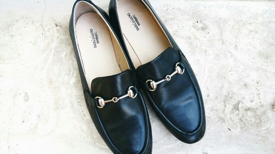 Dupes of the Gucci loafers for under $100! Via thelean-collective.com