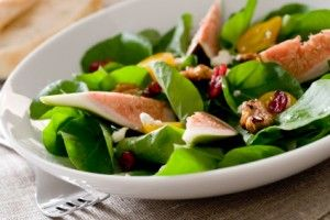 Spinach Salad with Fresh Figs, Cranberries and Walnuts