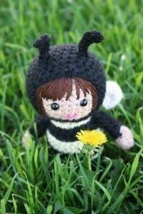 Alexa the bee amigurumi dool - pattern available