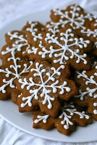 gingerbread (seen by @Sylviampx54 )