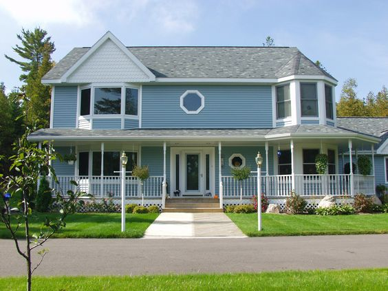 2 story homes victorian and love love love on pinterest for Victorian manufactured homes