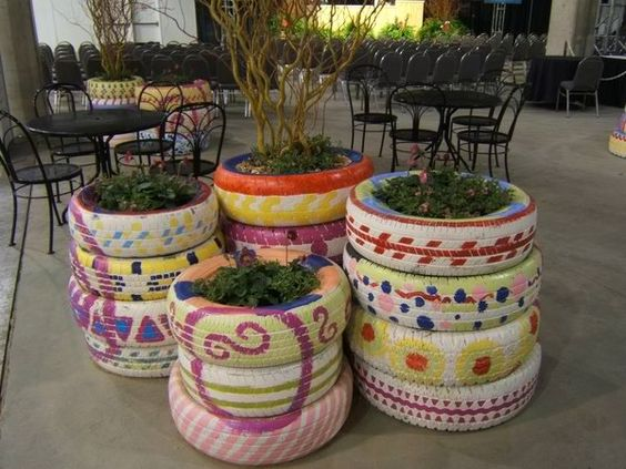 Planters flower planters and painted tires on pinterest - Painted tires for flowers ...