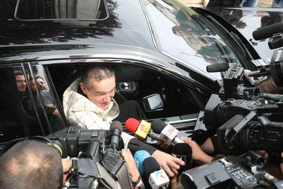 Stirile pe blog: Gigi Becali eliberat