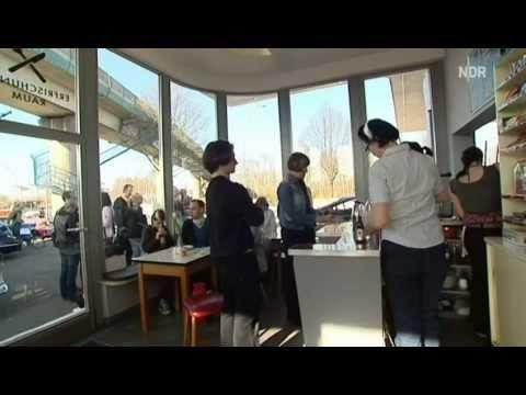 Video Hamburger Retro-Tankstelle: Hier wird nur noch Lebensstil getankt | traveLink