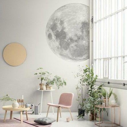Papier peint Lune de Make my lemonade (79 euros)