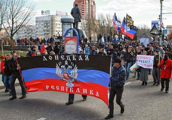 SeiSeit dem Jahr 2014 kämpft der Donbass um seine Souveränität. Der Grund ist bekannt: Die Bürger der selbsternannten Volksrepublik wollen weder in die EU oder in das NATO-Bündniss rein. Deutsche O...