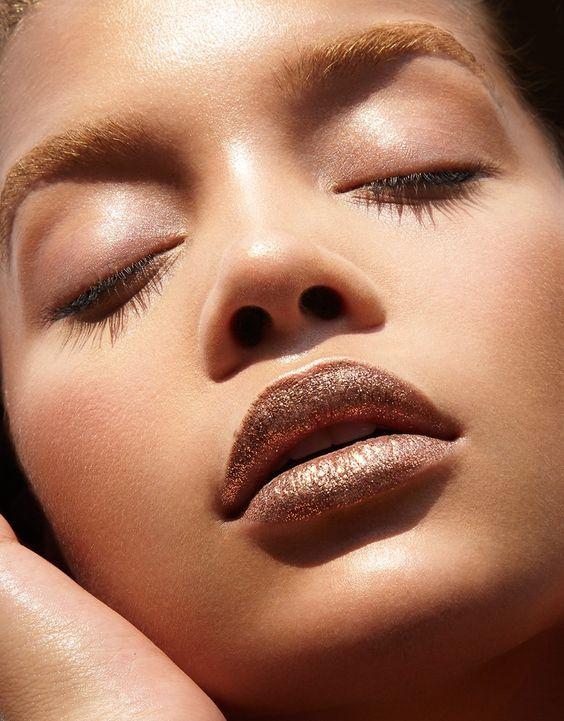 Jasmine Sanders stuns in Vogue Taiwan makeup editorial