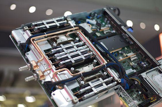 IBM System x iDataPlex dx360 M4 used in SuperMUC