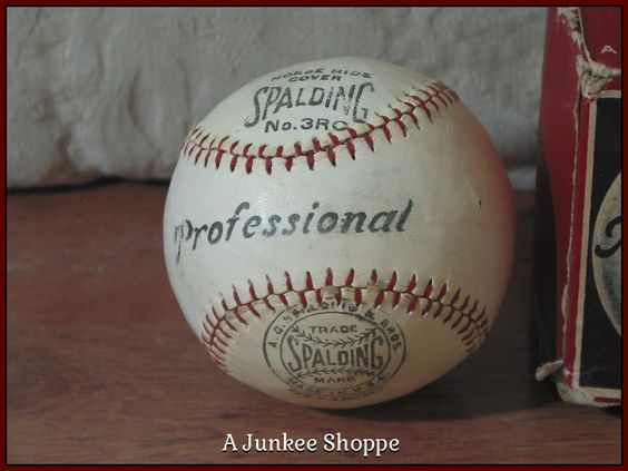 SPALDING 1915 Professional Baseball Horse Hide Number 3RC Rubber Center Junk 981  http://ajunkeeshoppe.blogspot.com/