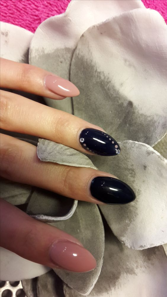 #flowers #Special nail D-sign #www.specialnaildesign.wix.nl #beautiful nails