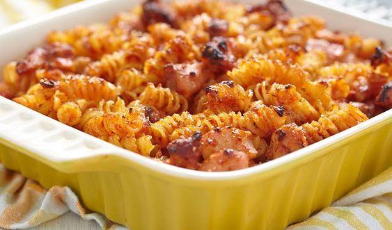 Zapiekanka Makaronowa Na Cztery Sposoby Swietny Patent Na Jesienny Obiad Wp Kuchnia Pasta Dishes Main Dish Recipes Real Food Recipes