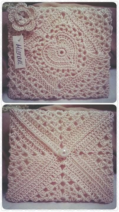 Beautiful envelope crocheted by Elaine Nagel (The Crochet Crowd)