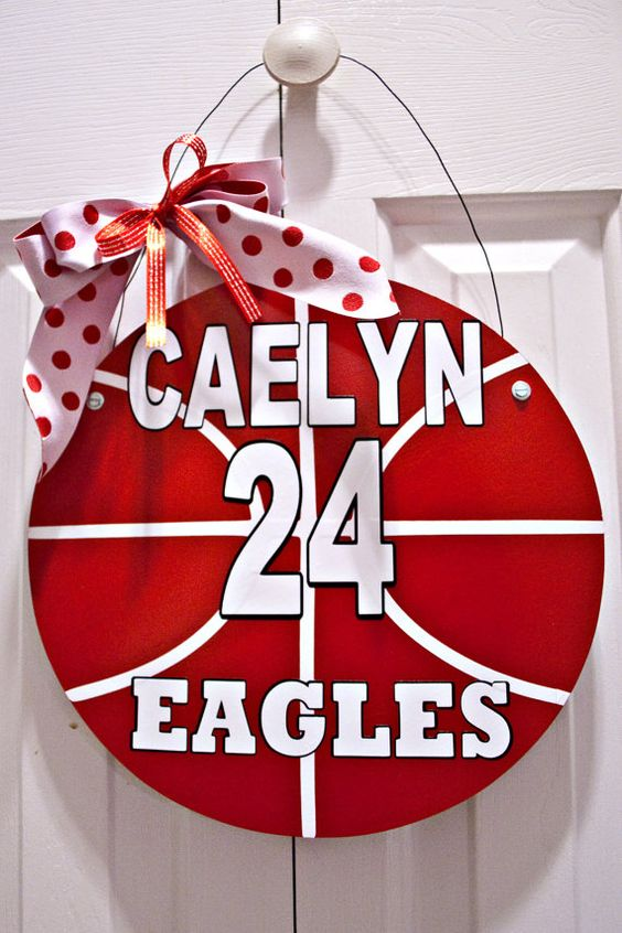 #Customized #Basksetball #team #door #hanger in my #Etsy shop.