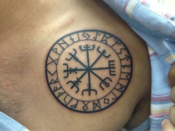 Viking tattoos, Vikings and Tattoos and body art on Pinterest Vegvisir Tattoo