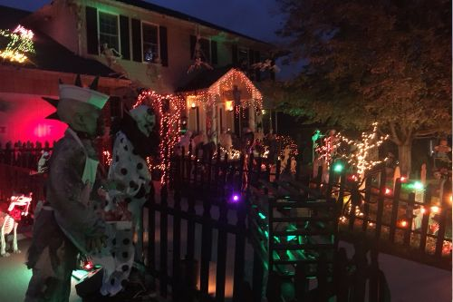 Best Omaha Area Halloween Decorated Houses Map Halloween Decorations Best Family Vacation Destinations Best Family Vacations