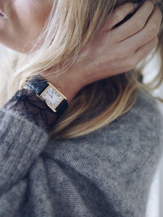 À l'heure française avec la Tank de Cartier à vite découvrir sur Leasy Luxe www.leasyluxe.com #luxurious #french #leasyluxe