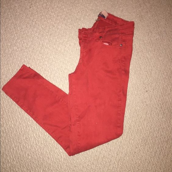 Paige Verdugo Verdugo jegging in a beautiful rustic red color Paige Jeans Pants Skinny