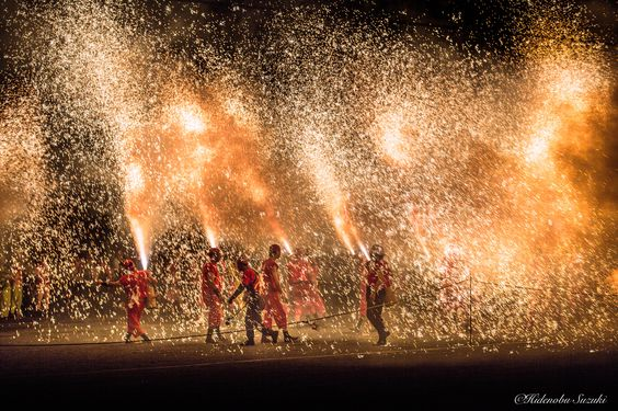 Dance of flame by Hidenobu Suzuki on 500px