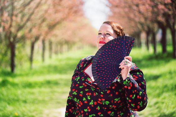 Kirschen-Lady (Plus-Size-Fotografie) | Marshmallow Mädchen