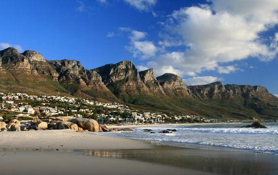 Praia de Camp Bay, África do Sul