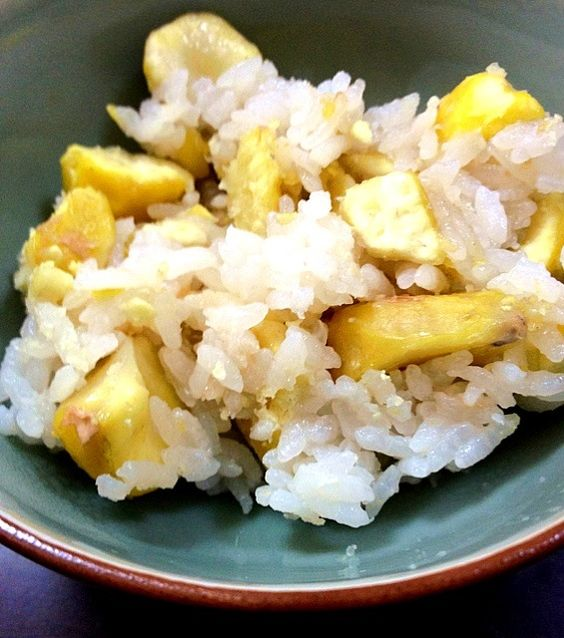 rice cooked with chestnut - 5件のもぐもぐ - 朝獲り栗の炊き込みご飯*rice cooked with  chestnut by tamaki