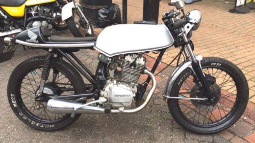 honda cb 125 custom cafe racer. top condition. ( cb125 125cc retro