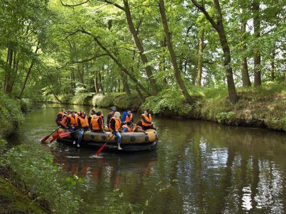 Paddeln auf dem Fluss Hase im Osnabrücker Land.