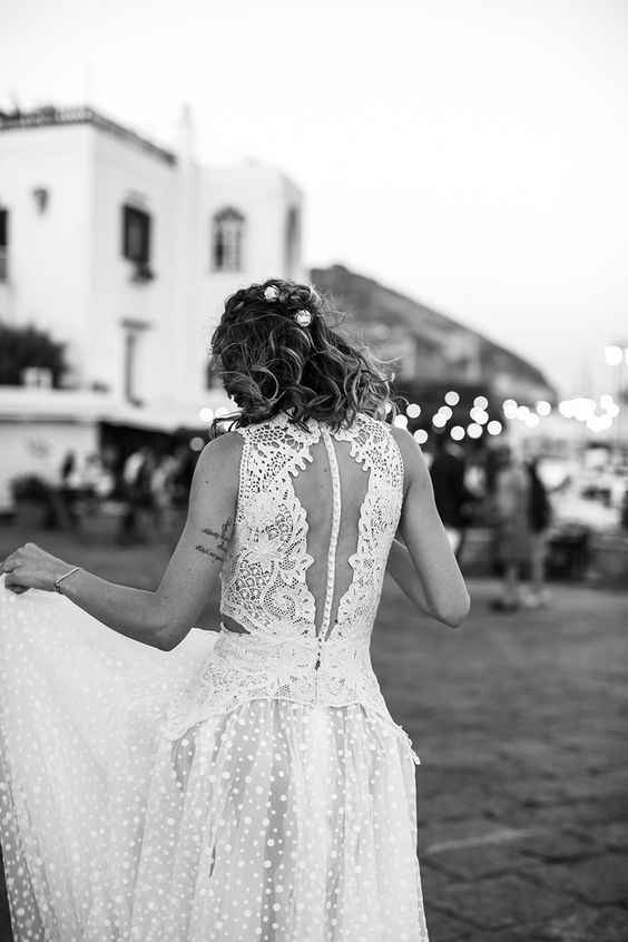 YolanCris | News | Destination wedding Italy. Babi and Rodri tie the knot in Ischia #YolanCris #DestinationWedding #Italy #Ischia #Islandweddings #YolanCris #YolanCrisbrides #altar #weddingideas #weddinginspiration #sea #Weddingideas #inspiration #bride #realbride #realwedding #bridestyle