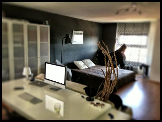An nyc studio apartment set up home sweet home for Studio apartment setup ideas