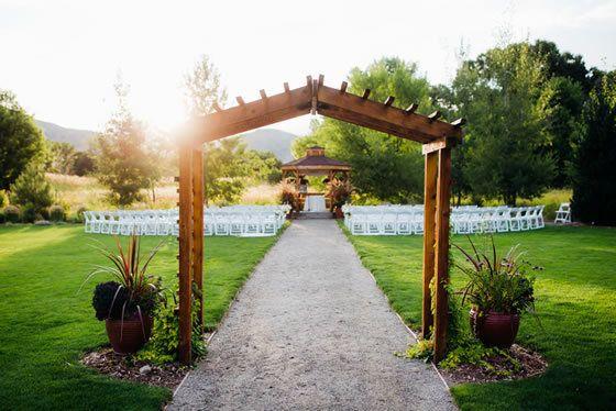 518866bc0541db775130abb77b8247a6 - Denver Botanic Gardens Chatfield Farms Wedding