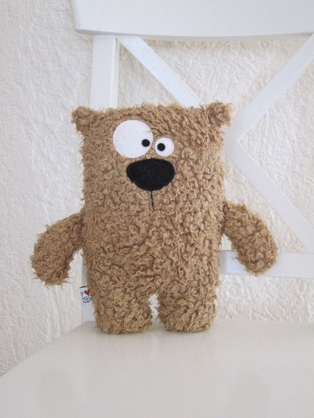 Kuschelbär, Plüschtier, Teddy // soft toy, teddy by Kuschelich via DaWanda.com. Omg overwhelmingly cute!!