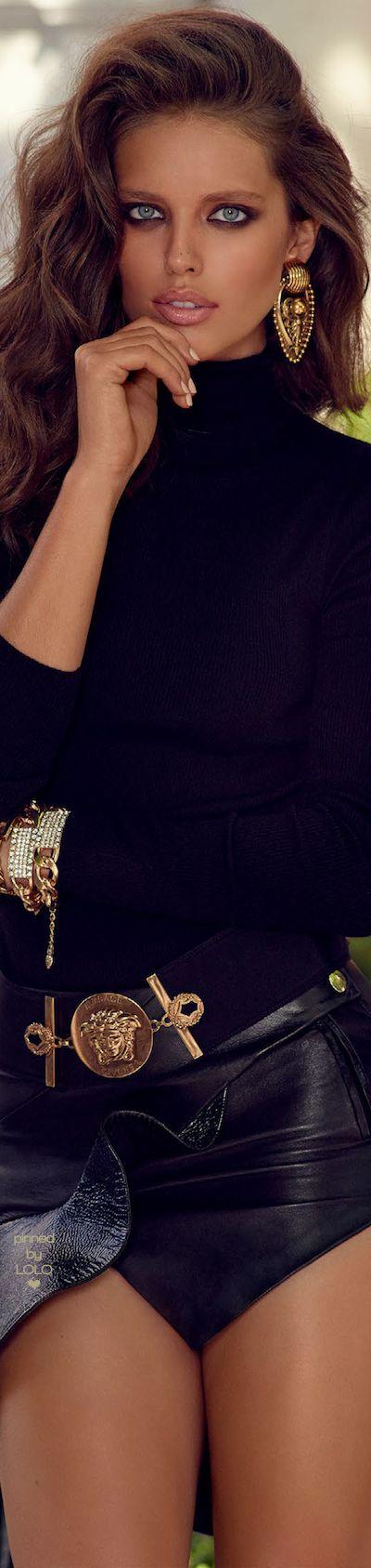 Emily DiDonato Vogue Spain October 2014 | LOLO❤︎