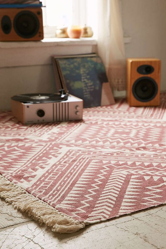 Magical Thinking Tonal Diamond Printed Rug - Urban Outfitters