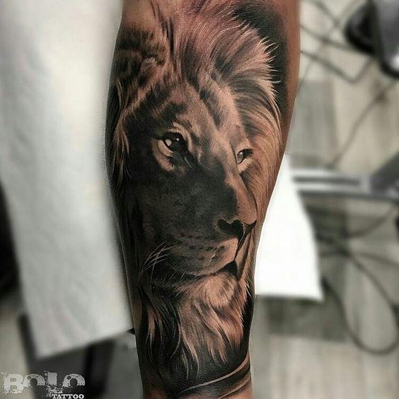 Tatuajes De Leones 2020 Para Hombres En 2020 Tatuaje De Leon En La Espalda Tatuajes De Cabeza De Leon Tatuajes Espalda Hombre