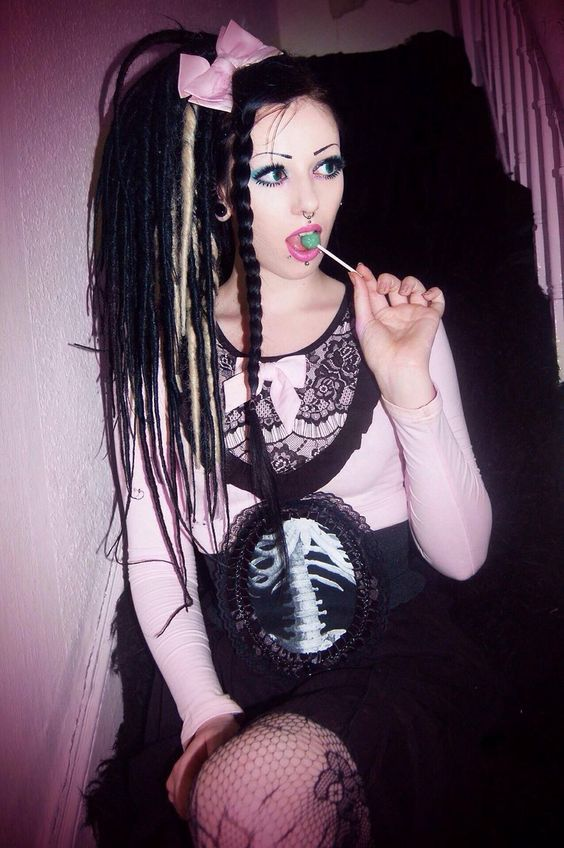 Goth Girls Dreads And Goth On Pinterest