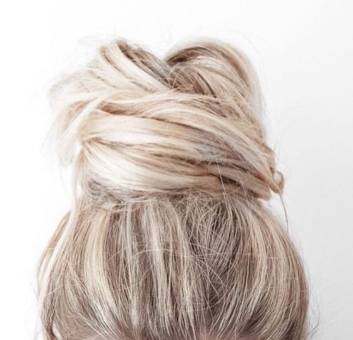 the perfect top knot bun:
