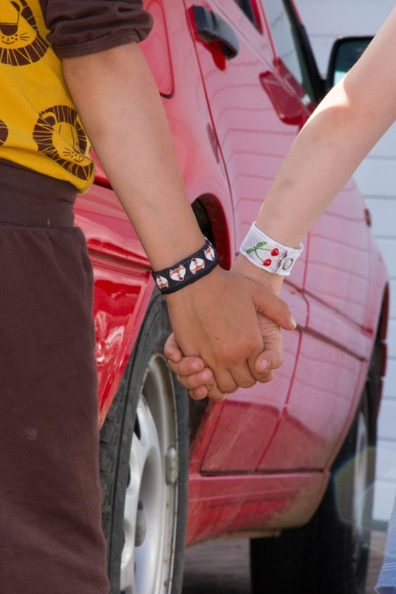 Tenam.de, M.Tenam, BERNINA, Blog.Bernina, Notfallarmband, Sos Armband, Sicherheit für Kinder, Bernina B770qe, individuelles Stichmuster, neu