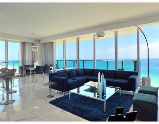 Modern Miami Apartments - Interior Design