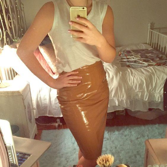 Topshop Patent PVC Camel Pencil Mini Skirt Excellent condition. I always get…